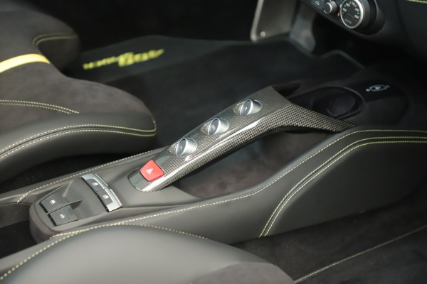 Used 2018 Ferrari 488 Spider for sale $298,900 at Maserati of Greenwich in Greenwich CT 06830 27