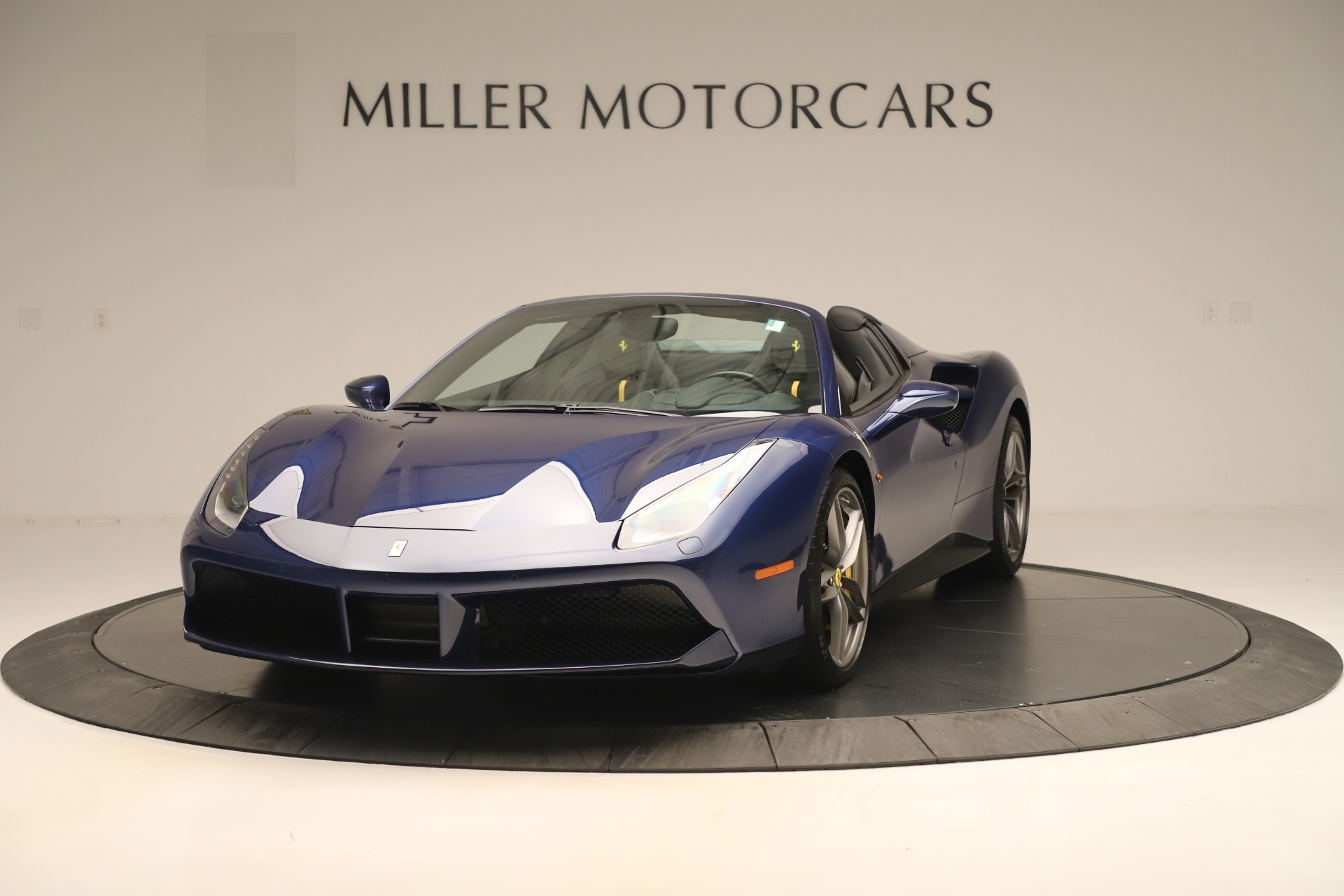 Used 2018 Ferrari 488 Spider for sale $298,900 at Maserati of Greenwich in Greenwich CT 06830 1