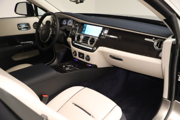 Used 2015 Rolls-Royce Wraith for sale Sold at Maserati of Greenwich in Greenwich CT 06830 27
