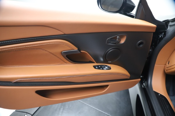 New 2020 Aston Martin DBS Superleggera Coupe for sale $371,006 at Maserati of Greenwich in Greenwich CT 06830 21