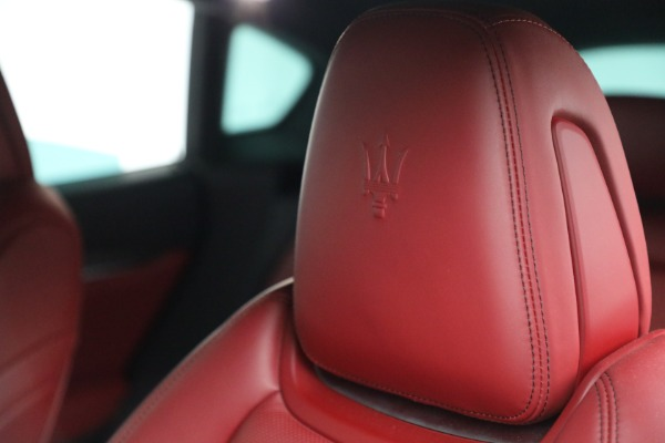 Used 2019 Maserati Levante Q4 GranSport for sale $69,900 at Maserati of Greenwich in Greenwich CT 06830 28