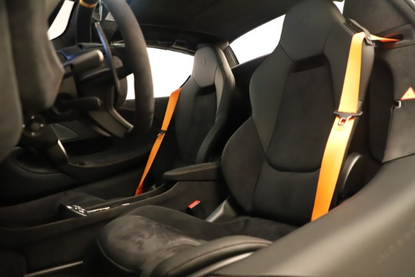 New 2020 McLaren 600LT SPIDER Convertible for sale Sold at Maserati of Greenwich in Greenwich CT 06830 24