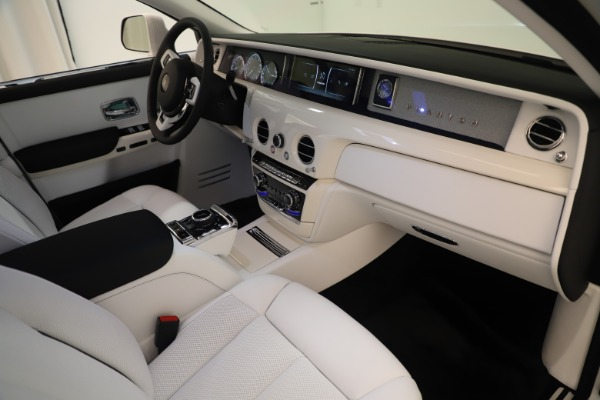 New 2020 Rolls-Royce Phantom for sale $545,200 at Maserati of Greenwich in Greenwich CT 06830 22