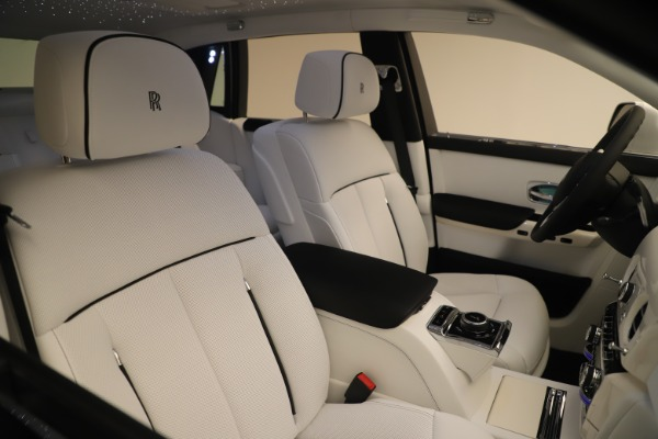 New 2020 Rolls-Royce Phantom for sale $545,200 at Maserati of Greenwich in Greenwich CT 06830 28