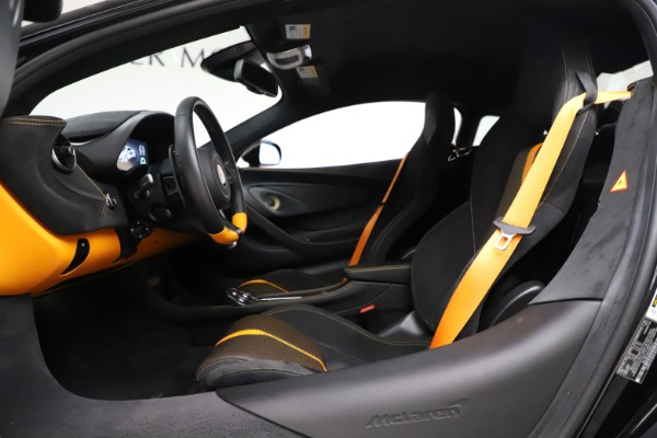 Used 2017 McLaren 570S Coupe for sale Sold at Maserati of Greenwich in Greenwich CT 06830 17