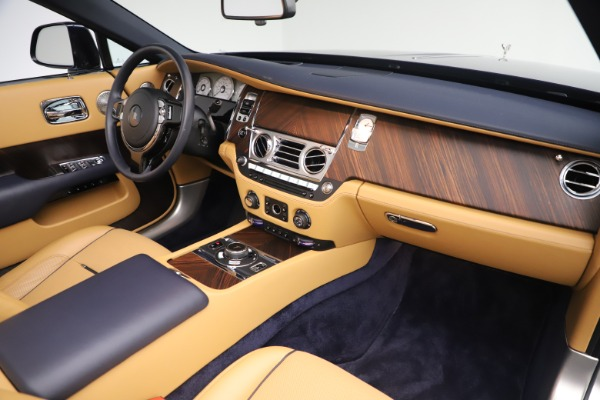 Used 2017 Rolls-Royce Dawn for sale $265,900 at Maserati of Greenwich in Greenwich CT 06830 26