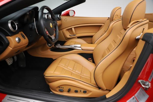 Used 2013 Ferrari California 30 for sale Sold at Maserati of Greenwich in Greenwich CT 06830 20