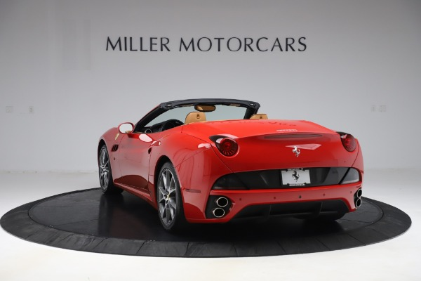 Used 2013 Ferrari California 30 for sale Sold at Maserati of Greenwich in Greenwich CT 06830 5