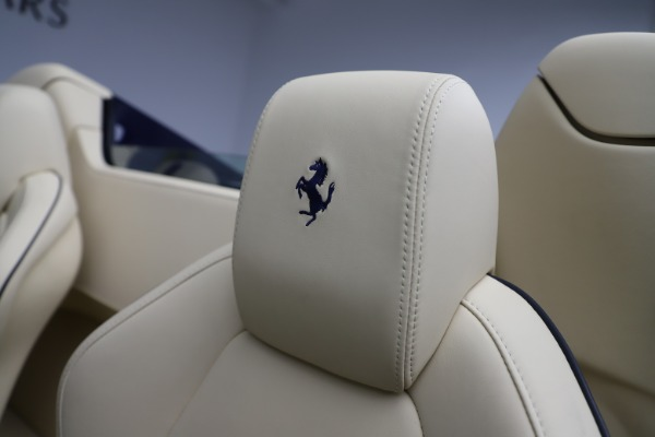 Used 2013 Ferrari 458 Spider for sale Sold at Maserati of Greenwich in Greenwich CT 06830 27