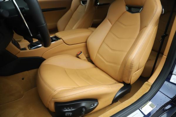 Used 2016 Maserati GranTurismo Sport for sale Sold at Maserati of Greenwich in Greenwich CT 06830 15