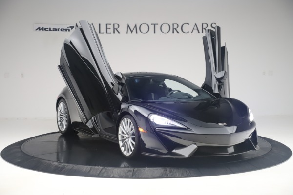 Used 2017 McLaren 570GT Coupe for sale $142,900 at Maserati of Greenwich in Greenwich CT 06830 11