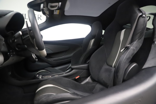 Used 2017 McLaren 570GT Coupe for sale $142,900 at Maserati of Greenwich in Greenwich CT 06830 16