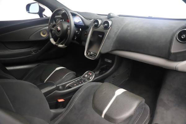 Used 2017 McLaren 570GT Coupe for sale $142,900 at Maserati of Greenwich in Greenwich CT 06830 19