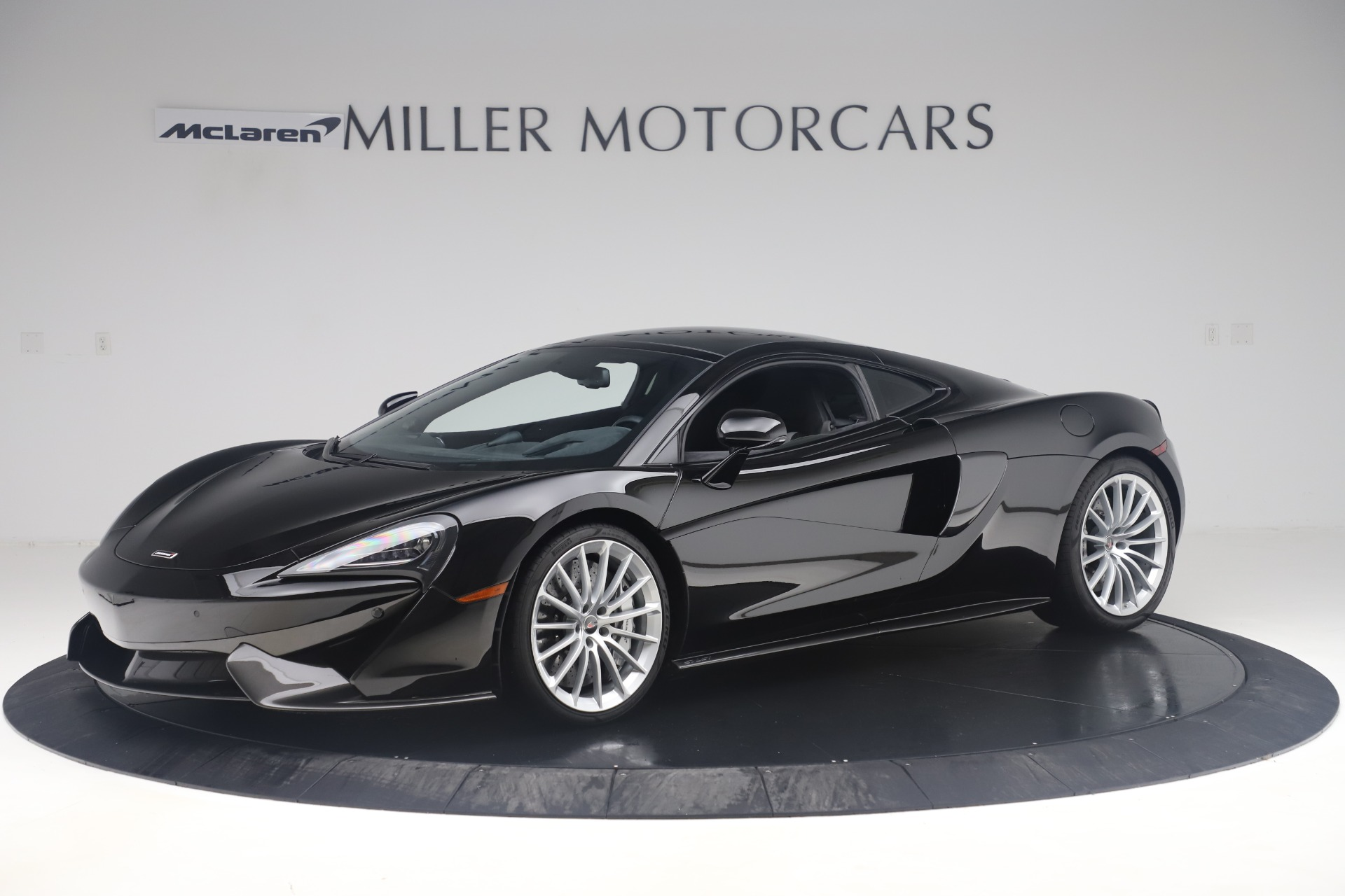 Used 2017 McLaren 570GT Coupe for sale $142,900 at Maserati of Greenwich in Greenwich CT 06830 1