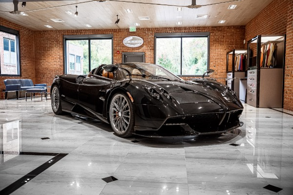 Used 2017 Pagani Huayra Roadster Roadster for sale Call for price at Maserati of Greenwich in Greenwich CT 06830 3