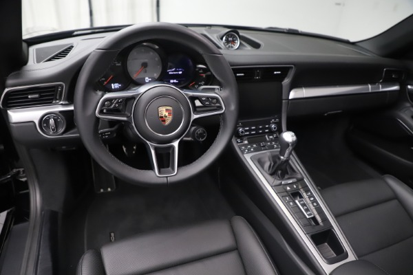 Used 2017 Porsche 911 Carrera 4S for sale Sold at Maserati of Greenwich in Greenwich CT 06830 18