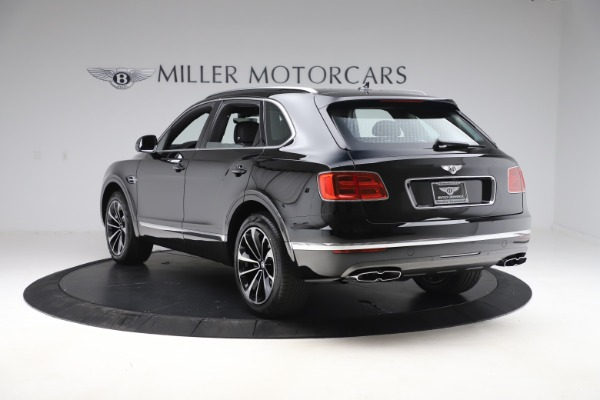 New 2020 Bentley Bentayga V8 for sale $195,265 at Maserati of Greenwich in Greenwich CT 06830 5