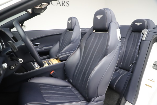 Used 2015 Bentley Continental GTC V8 for sale $119,900 at Maserati of Greenwich in Greenwich CT 06830 27