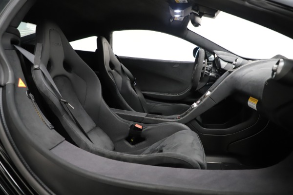 Used 2016 McLaren 675LT COUPE for sale Sold at Maserati of Greenwich in Greenwich CT 06830 17