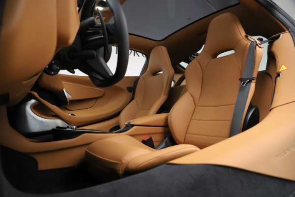 New 2020 McLaren GT Coupe for sale $245,975 at Maserati of Greenwich in Greenwich CT 06830 18