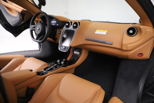 New 2020 McLaren GT Coupe for sale $245,975 at Maserati of Greenwich in Greenwich CT 06830 20