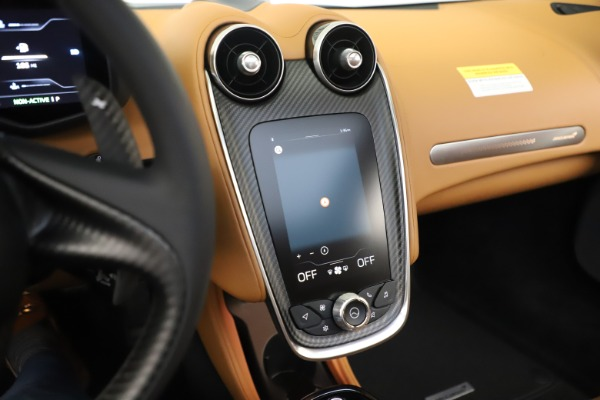 New 2020 McLaren GT Coupe for sale $245,975 at Maserati of Greenwich in Greenwich CT 06830 25