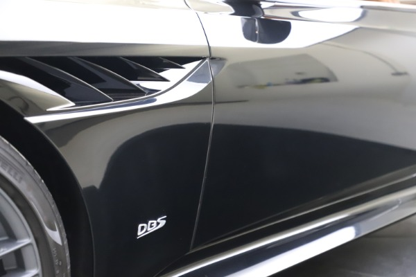 New 2019 Aston Martin DBS Superleggera Coupe for sale $336,406 at Maserati of Greenwich in Greenwich CT 06830 23