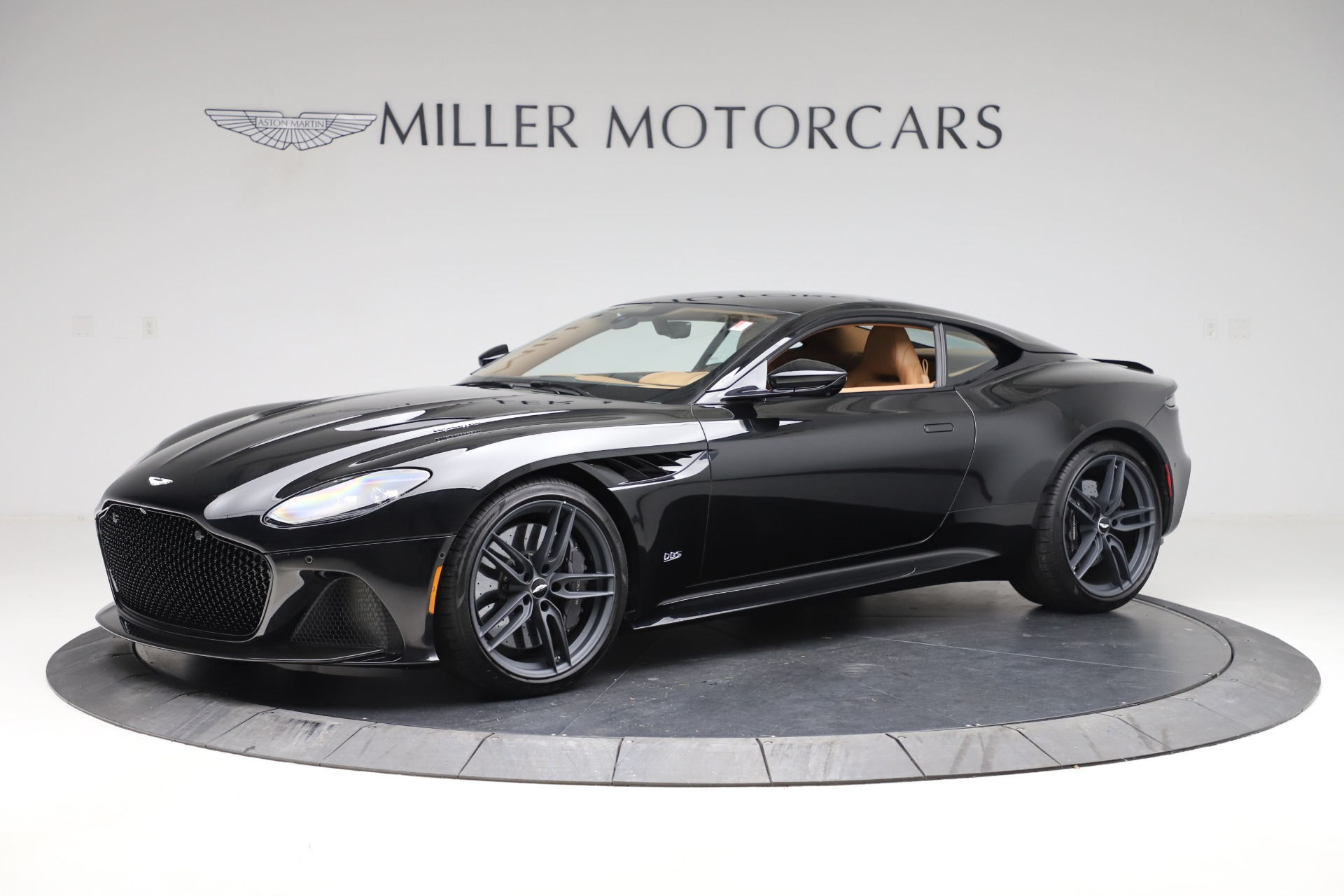 New 2019 Aston Martin DBS Superleggera Coupe for sale $336,406 at Maserati of Greenwich in Greenwich CT 06830 1