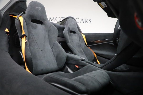 New 2020 McLaren 720S Spider Convertible for sale $364,090 at Maserati of Greenwich in Greenwich CT 06830 27