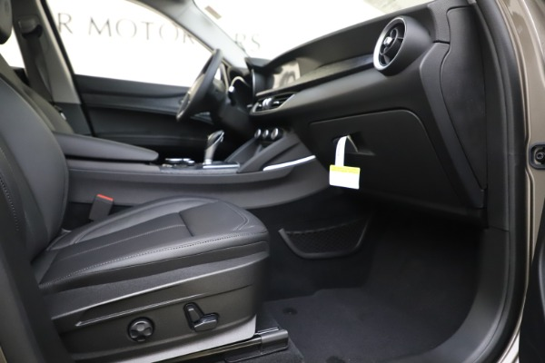 New 2019 Alfa Romeo Stelvio Q4 for sale Sold at Maserati of Greenwich in Greenwich CT 06830 23