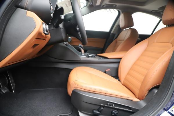 New 2019 Alfa Romeo Giulia Ti Lusso Q4 for sale Sold at Maserati of Greenwich in Greenwich CT 06830 14