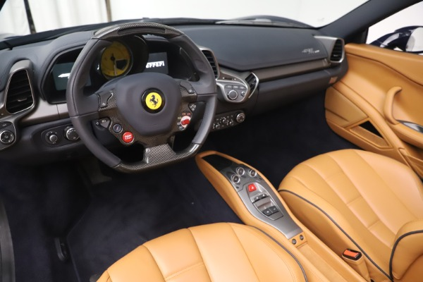Used 2012 Ferrari 458 Spider for sale $194,900 at Maserati of Greenwich in Greenwich CT 06830 19