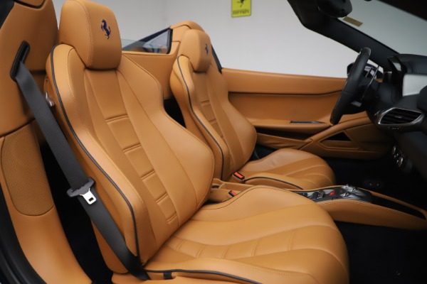 Used 2012 Ferrari 458 Spider for sale $194,900 at Maserati of Greenwich in Greenwich CT 06830 25