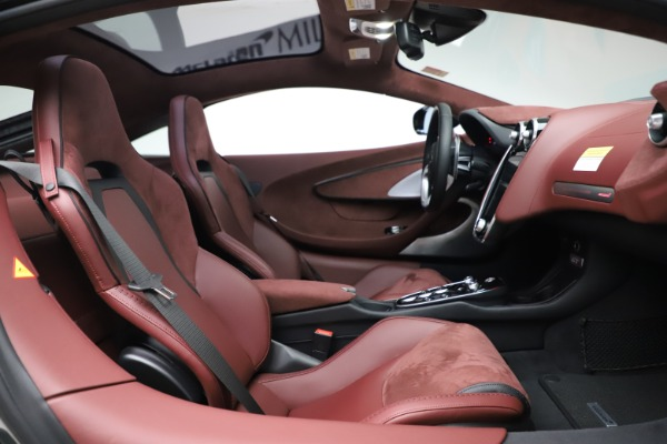 New 2020 McLaren GT Coupe for sale $247,275 at Maserati of Greenwich in Greenwich CT 06830 19