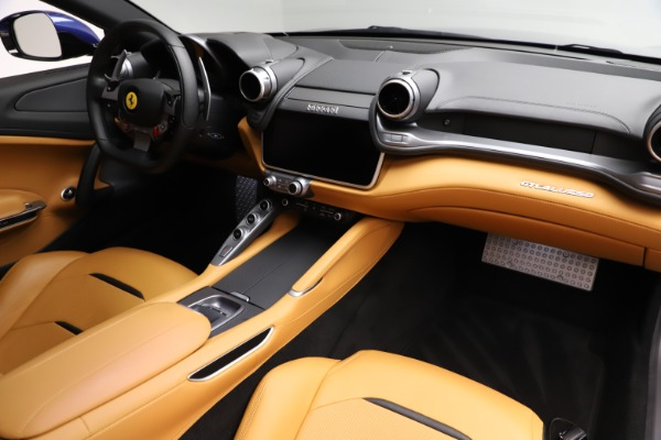 Used 2019 Ferrari GTC4Lusso for sale $249,900 at Maserati of Greenwich in Greenwich CT 06830 19