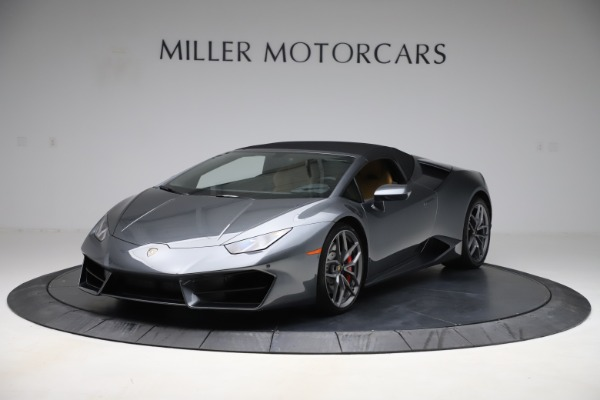 Used 2018 Lamborghini Huracan LP 580-2 Spyder for sale $203,900 at Maserati of Greenwich in Greenwich CT 06830 13