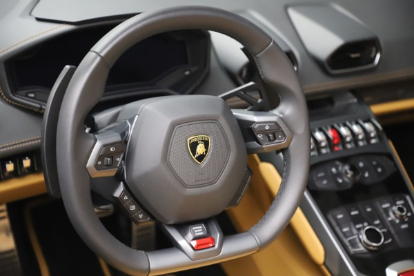Used 2018 Lamborghini Huracan LP 580-2 Spyder for sale $203,900 at Maserati of Greenwich in Greenwich CT 06830 26