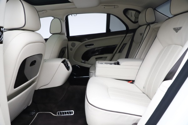 Used 2016 Bentley Mulsanne for sale $139,900 at Maserati of Greenwich in Greenwich CT 06830 22