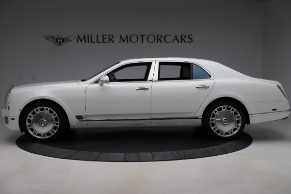Used 2016 Bentley Mulsanne for sale $139,900 at Maserati of Greenwich in Greenwich CT 06830 3