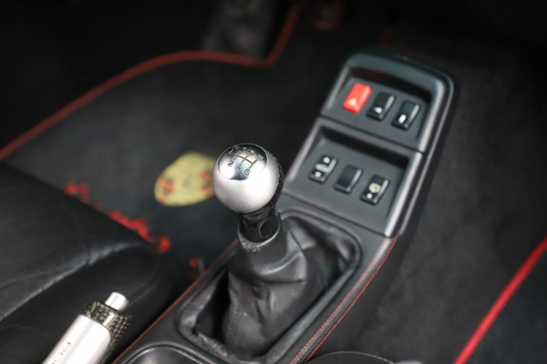 Used 1997 Porsche 911 Turbo S for sale $419,900 at Maserati of Greenwich in Greenwich CT 06830 17