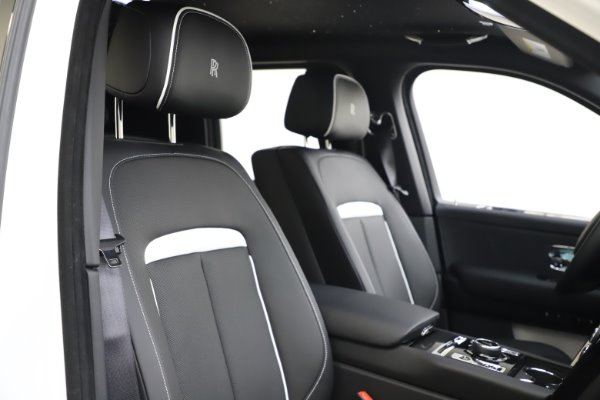 New 2020 Rolls-Royce Cullinan Black Badge for sale $451,625 at Maserati of Greenwich in Greenwich CT 06830 11