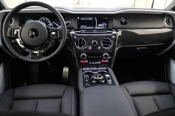 New 2020 Rolls-Royce Cullinan Black Badge for sale $451,625 at Maserati of Greenwich in Greenwich CT 06830 16