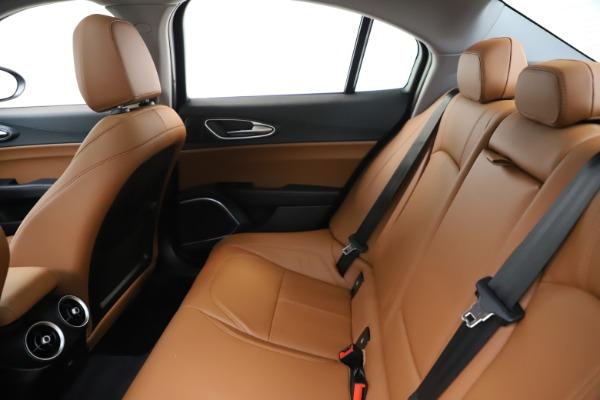 New 2020 Alfa Romeo Giulia Q4 for sale $45,740 at Maserati of Greenwich in Greenwich CT 06830 18