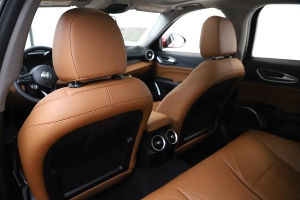 New 2020 Alfa Romeo Giulia Q4 for sale $45,740 at Maserati of Greenwich in Greenwich CT 06830 19