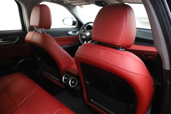 New 2020 Alfa Romeo Giulia Q4 for sale $45,740 at Maserati of Greenwich in Greenwich CT 06830 28