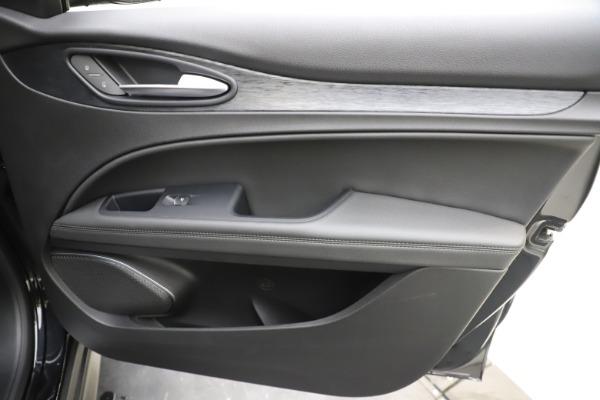 New 2020 Alfa Romeo Stelvio Q4 for sale $49,840 at Maserati of Greenwich in Greenwich CT 06830 25