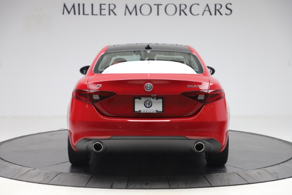 New 2020 Alfa Romeo Giulia Q4 for sale $45,740 at Maserati of Greenwich in Greenwich CT 06830 6