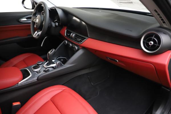 New 2020 Alfa Romeo Giulia Q4 for sale Sold at Maserati of Greenwich in Greenwich CT 06830 22
