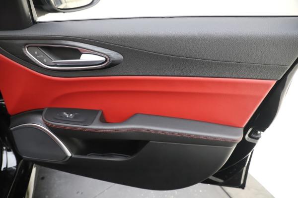 New 2020 Alfa Romeo Giulia Q4 for sale Sold at Maserati of Greenwich in Greenwich CT 06830 25