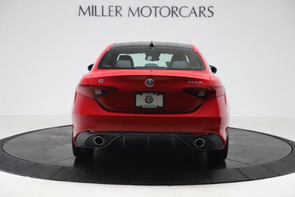 New 2020 Alfa Romeo Giulia Sport Q4 for sale $42,790 at Maserati of Greenwich in Greenwich CT 06830 6